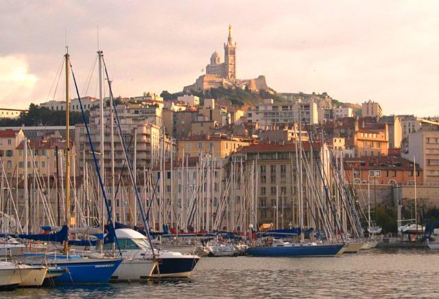 Marseille, מרסיי, הנמל הישן, הנמל העתיק, טיול במרסיי, אטרקציות, מקומות בילוי במרסיי, מה לראות במרסיי, המלצות, המלצות מרסיי