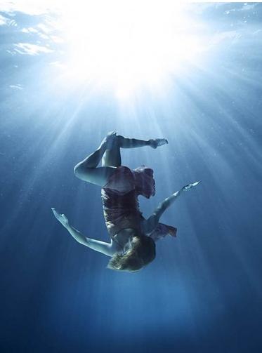 וואטסו - לרקוד במים