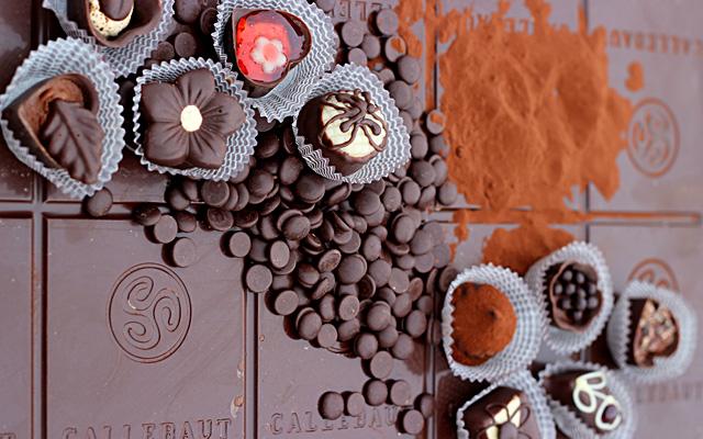 קקאו, מתכון לקקאו ללא חלב, קקאו נא, קקאו חם, משקב , משקה האלים, מתכון טבעוני, אביטל פטיפורים, סדנאות שוקולד, מתנה ליום האהבה, ולנטיין, בנימינה