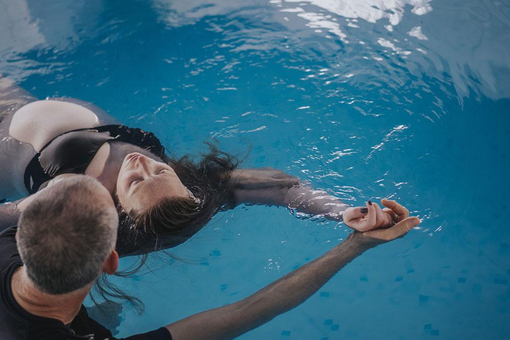 מים אדמה | טיפול וואטסו בבריכה פרטית, מטופחת ומחוממת הוד השרון 0505570750